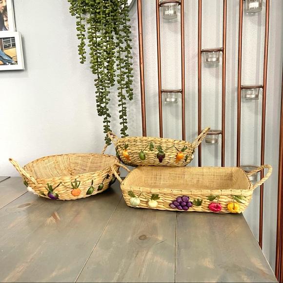 Vtg Rafia Woven Rattan Double Handle Basket Set